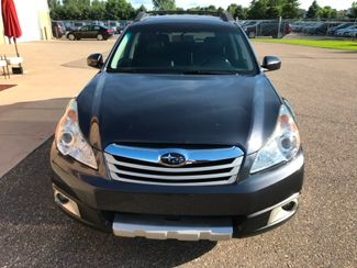 2012 Subaru Outback 2.5i Limited Farmington, MN 3