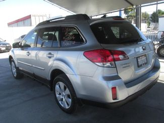 2012 Subaru Outback 2.5i Limited Gardena, California 1