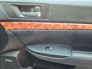 2012 Subaru Outback 2.5i Limited 6 mo 6000 warranty Maple Grove, Minnesota 16