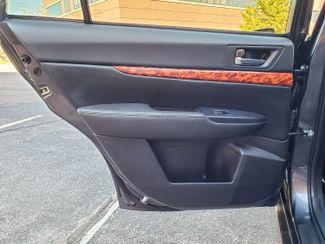 2012 Subaru Outback 2.5i Limited 6 mo 6000 warranty Maple Grove, Minnesota 21