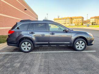 2012 Subaru Outback 2.5i Limited 6 mo 6000 warranty Maple Grove, Minnesota 8