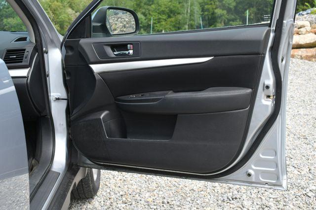 2012 Subaru Outback 2.5i Naugatuck, Connecticut 10