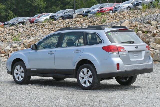 2012 Subaru Outback 2.5i Naugatuck, Connecticut 2