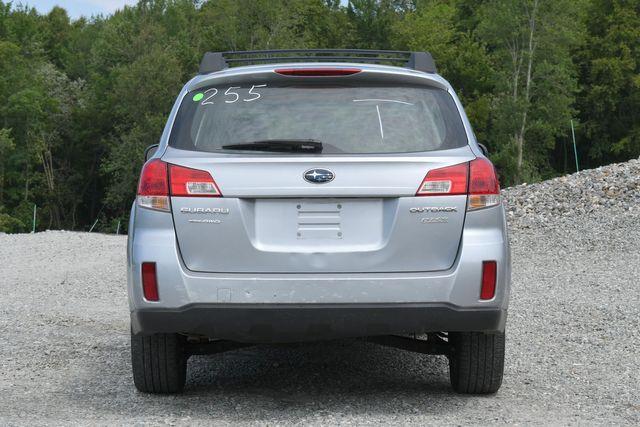 2012 Subaru Outback 2.5i Naugatuck, Connecticut 3