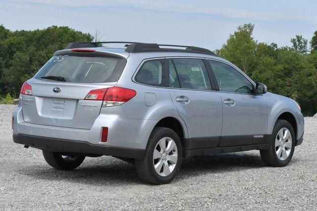 2012 Subaru Outback 2.5i Naugatuck, Connecticut 4