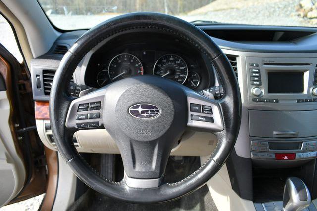 2012 Subaru Outback 2.5i Limited Naugatuck, Connecticut 10