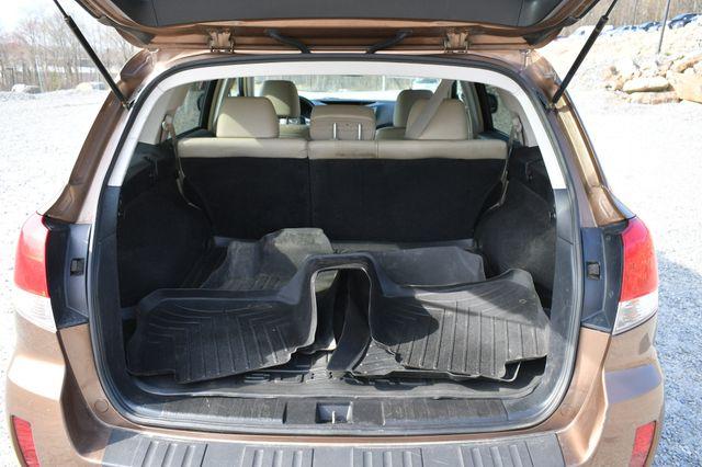 2012 Subaru Outback 2.5i Limited Naugatuck, Connecticut 4