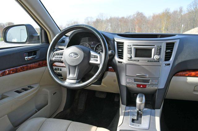 2012 Subaru Outback 2.5i Limited Naugatuck, Connecticut 7