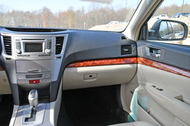 2012 Subaru Outback 2.5i Limited Naugatuck, Connecticut 9