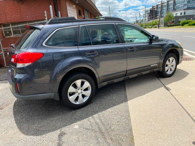 2012 Subaru Outback 2.5i New Brunswick, New Jersey 5