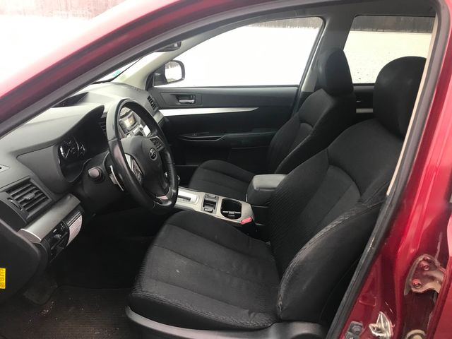 2012 Subaru Outback 2.5i Prem Ravenna, Ohio 6