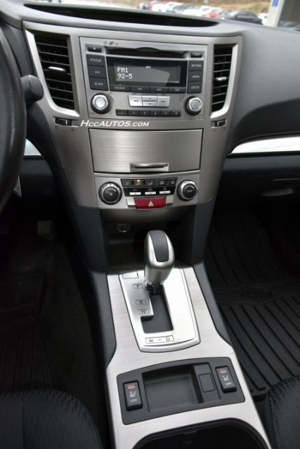 2012 Subaru Outback 2.5i Prem Waterbury, Connecticut 23