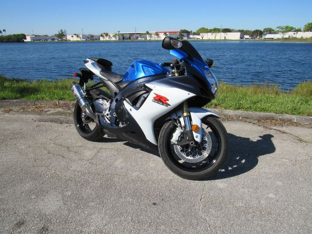 2012 Suzuki GSX-R 750 in Dania Beach , Florida 33004