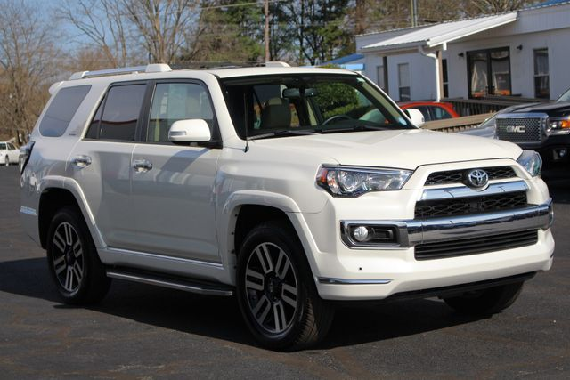 2012 Toyota 4Runner SR5 4WD - NAV - SUNROOF - LEATHER - 3RD ROW! Mooresville , NC 25