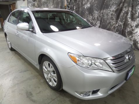 2012 Toyota Avalon Limited in Dickinson, ND