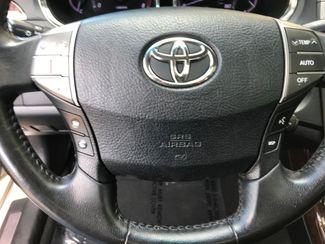 2012 Toyota Avalon Farmington, MN 10