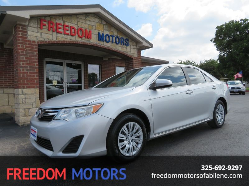 2012 Toyota Camry LE | Abilene, Texas | Freedom Motors  in Abilene Texas