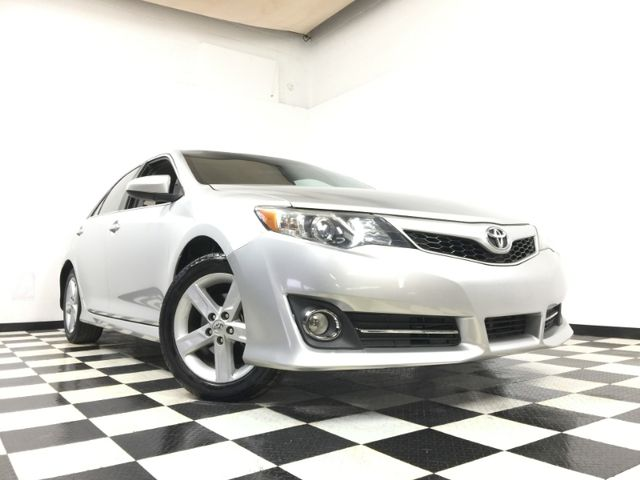 2012 Toyota Camry *Easy Payment Options*   The Auto Cave in Addison