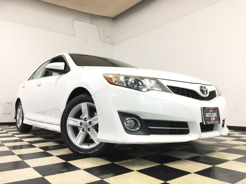 2012 Toyota Camry *Affordable Payments*   The Auto Cave in Addison