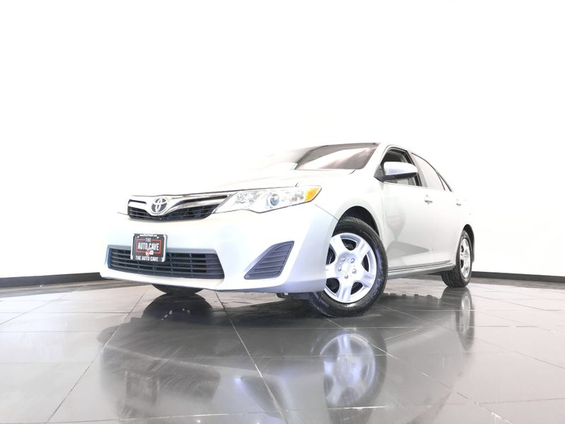 2012 Toyota Camry *Affordable Financing* | The Auto Cave in Addison