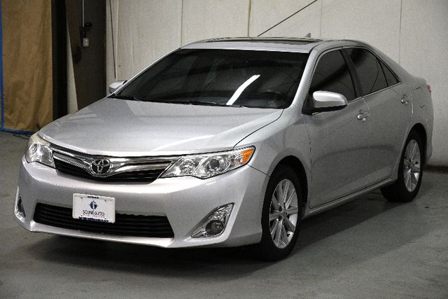 2012 Toyota Camry XLE w/ Navigation