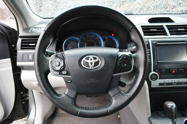 2012 Toyota Camry Hybrid XLE Naugatuck, Connecticut 12