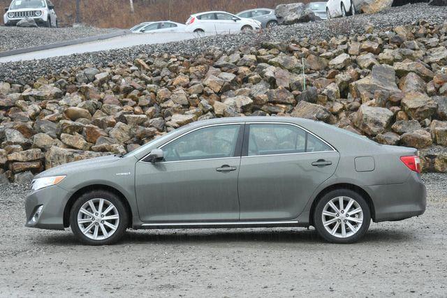 2012 Toyota Camry Hybrid XLE Naugatuck, Connecticut 3