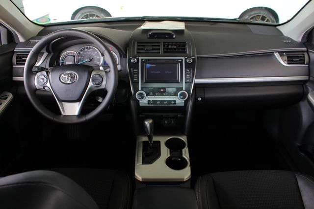 2012 Toyota Camry SE FWD - LEATHER INTERIOR - ONE OWNER! Mooresville , NC 26