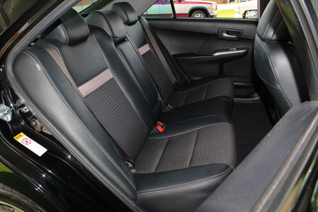 2012 Toyota Camry SE FWD - LEATHER INTERIOR - ONE OWNER! Mooresville , NC 11