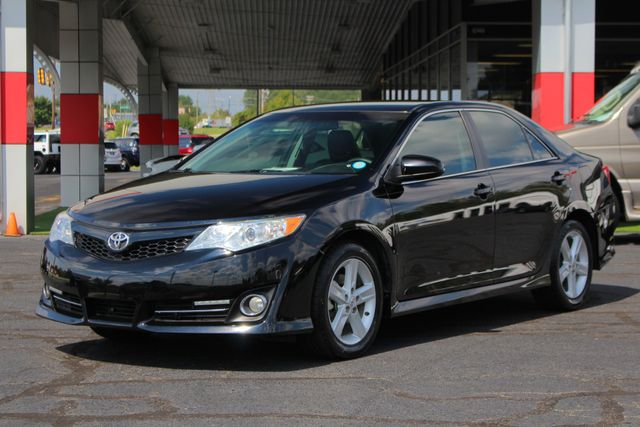 2012 Toyota Camry SE FWD - LEATHER INTERIOR - ONE OWNER! Mooresville , NC 21