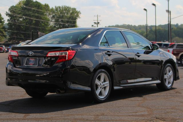 2012 Toyota Camry SE FWD - LEATHER INTERIOR - ONE OWNER! Mooresville , NC 22
