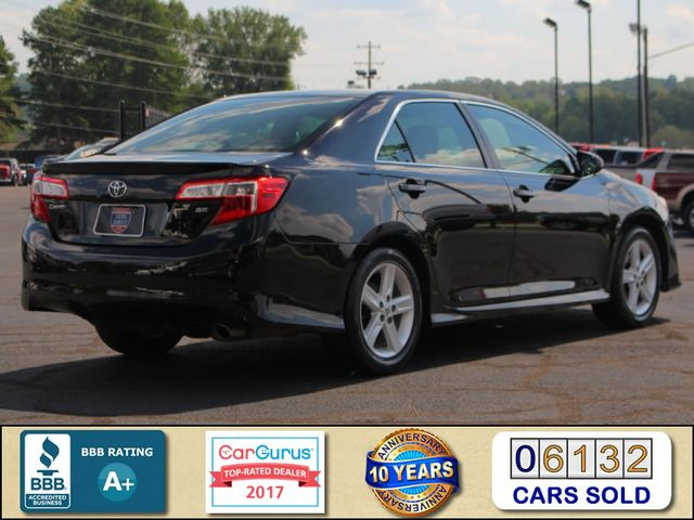 2012 Toyota Camry SE FWD - LEATHER INTERIOR - ONE OWNER! Mooresville , NC 2