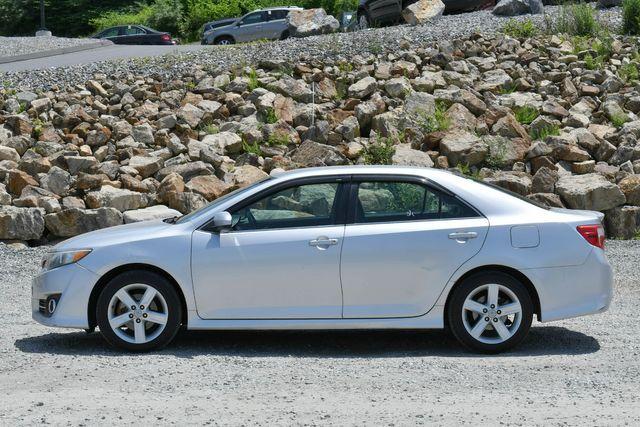 2012 Toyota Camry SE Naugatuck, Connecticut 3