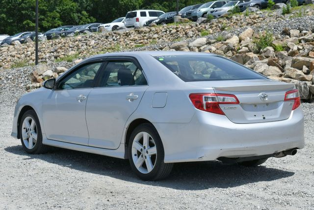 2012 Toyota Camry SE Naugatuck, Connecticut 4