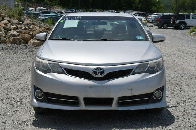 2012 Toyota Camry SE Naugatuck, Connecticut 9