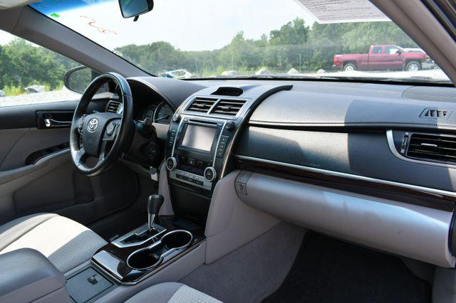 2012 Toyota Camry XLE Naugatuck, Connecticut 10