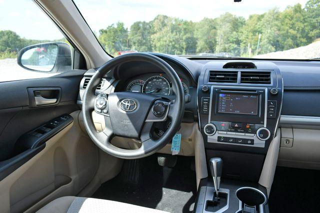 2012 Toyota Camry LE Naugatuck, Connecticut 15