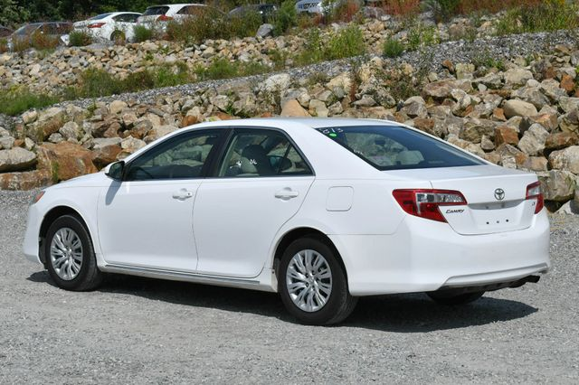 2012 Toyota Camry LE Naugatuck, Connecticut 4