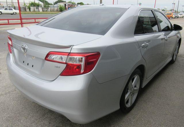 2012 Toyota Camry SE south houston, TX 3