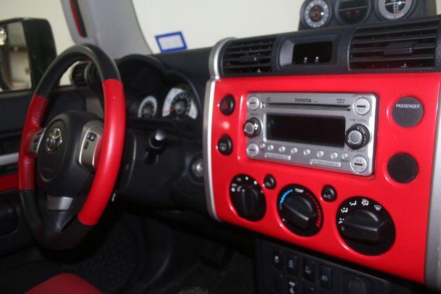 2012 Toyota FJ Cruiser Houston, Texas 33