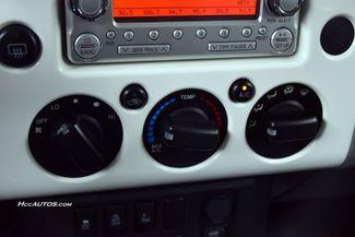 2012 Toyota FJ Cruiser 4WD 4dr Auto (Natl) Waterbury, Connecticut 29