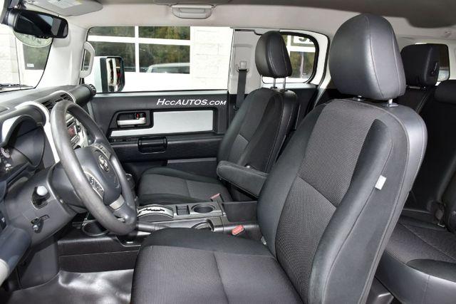 2012 Toyota FJ Cruiser 4WD 4dr Auto (Natl) Waterbury, Connecticut 15