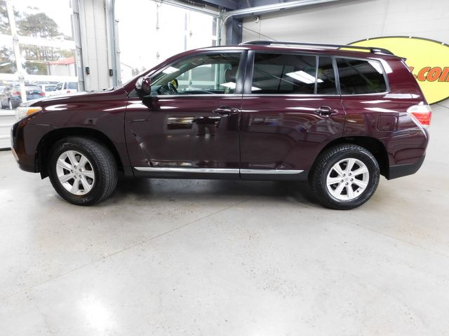 2012 Toyota Highlander in Airport Motor Mile ( Metro Knoxville ), TN 37777