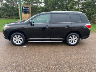 2012 Toyota Highlander Farmington, MN 1