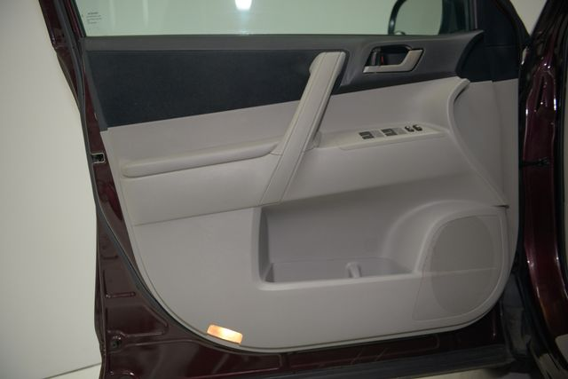 2012 Toyota Highlander Houston, Texas 13