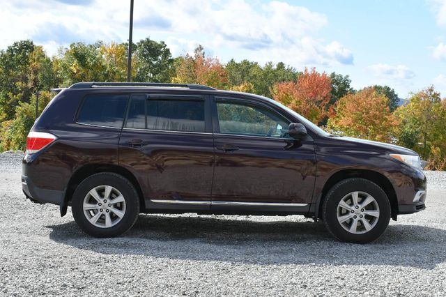 2012 Toyota Highlander SE Naugatuck, Connecticut 5
