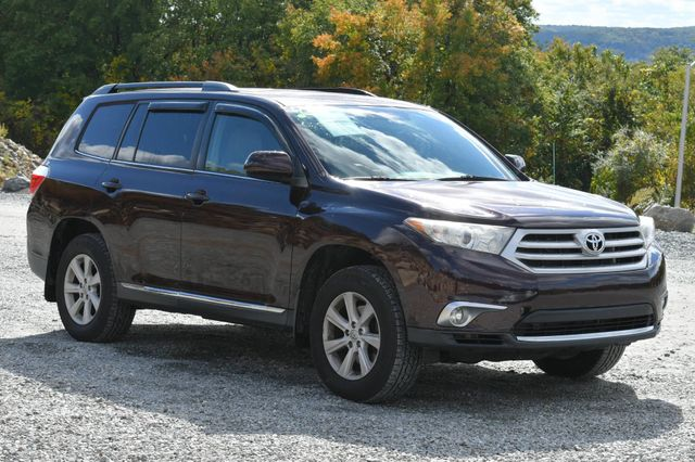 2012 Toyota Highlander SE Naugatuck, Connecticut 6