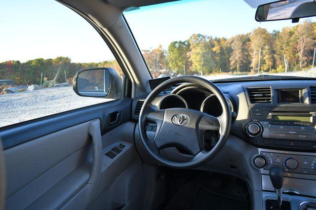 2012 Toyota Highlander Naugatuck, Connecticut 17
