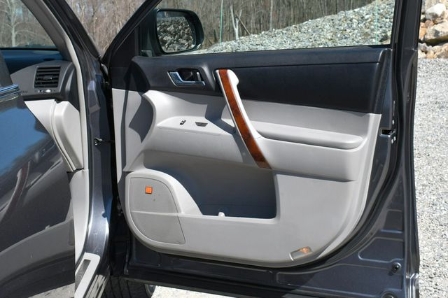 2012 Toyota Highlander Limited Naugatuck, Connecticut 12