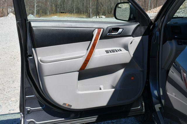 2012 Toyota Highlander Limited Naugatuck, Connecticut 24